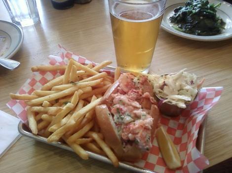 split-top maine lobster roll