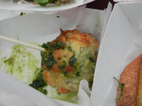 Escargot Puff Lollipop
