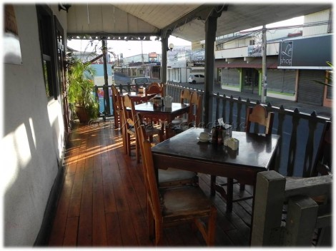 Outside dining, front of El Zaguan Restaurant
